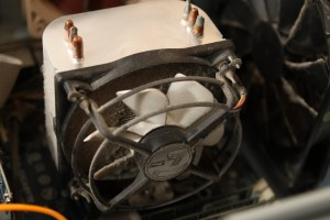 Heat sink and fan, before cleaning up dust