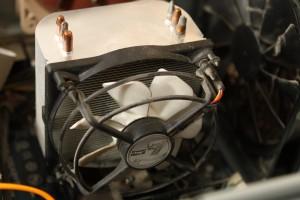 Heat sink + fan taken, after cleaning up dust, ready to go